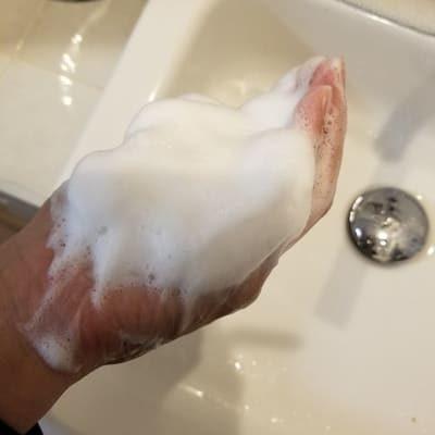洗顔フォーム3